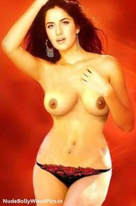 Katrina Kaif Nude Showing her Sexy Boobs and her Shaved Vagina [Fake]