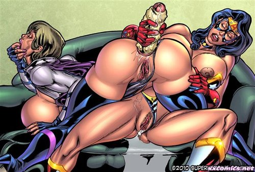 Superheroine Comics Gallery